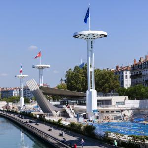 Piscine du Rhône  © Travelview/Shutterstock.com