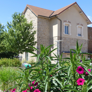 Village House © Saint-Genis-les-Ollières