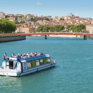 Navilys, cruising boat of Les Bateaux Lyonnais