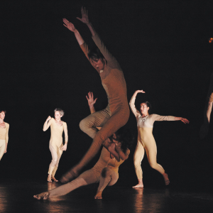 International Dance Biennale #18 - Thomas Hauert, La Bosa © Tristan Perez Martin
