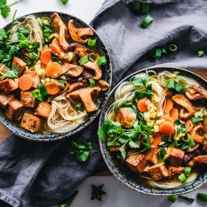 Plats végétariens © Ella Olsson/  Pexels