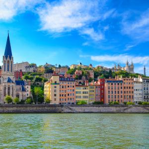 Le Vieux Lyon quais de Saône © Martin-M303/Shutterstock.com