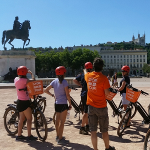 Balade à vélo électrique Place Bellecour