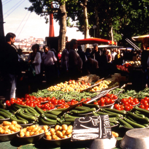 Food and Flower Market Saint Antoine Célestins