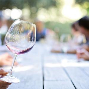 Wine tasting © Jill111 / Pixabay
