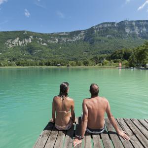 Lac d'Aiguebelette © Office de Tourisme Pays du Lac d'Aiguebelette